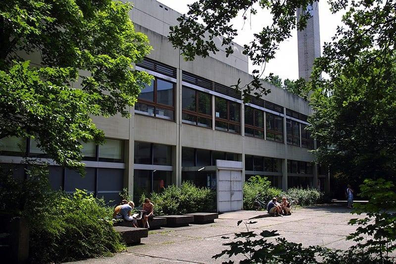 Information Erziehungswissenschaftliche Zweigbibliothek (EZB)