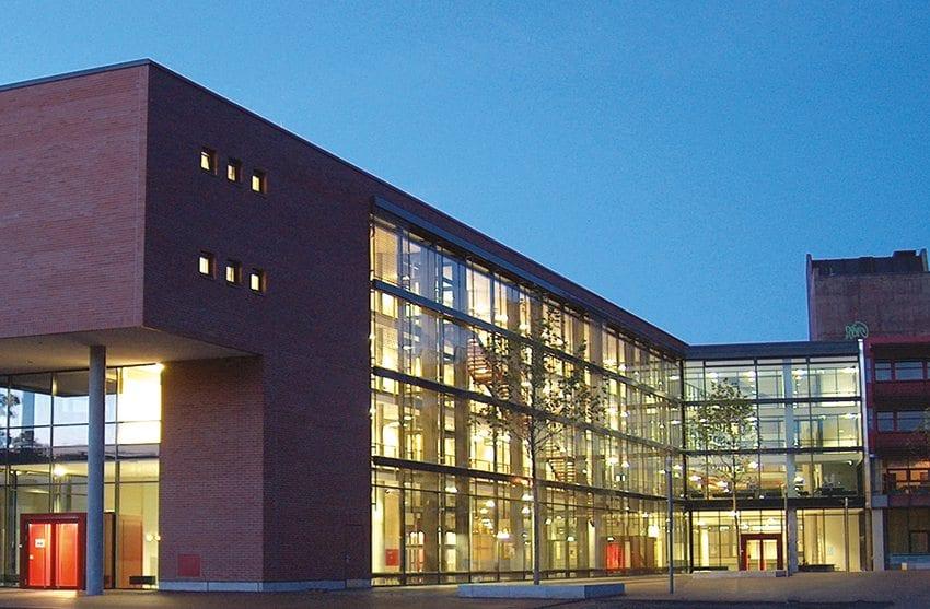 Information Wirtschafts- und Sozialwissenschaftliche Zweigbibliothek (WSZB)
